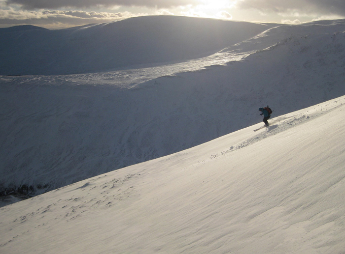 Skiing down the southwest ridge of the Cairnwell, near Glen shee.